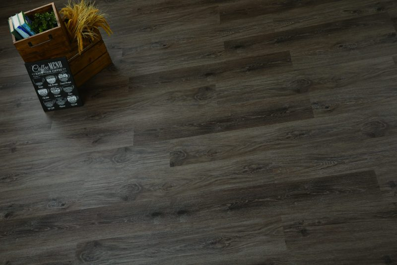Barn brown Vinilinės grindys