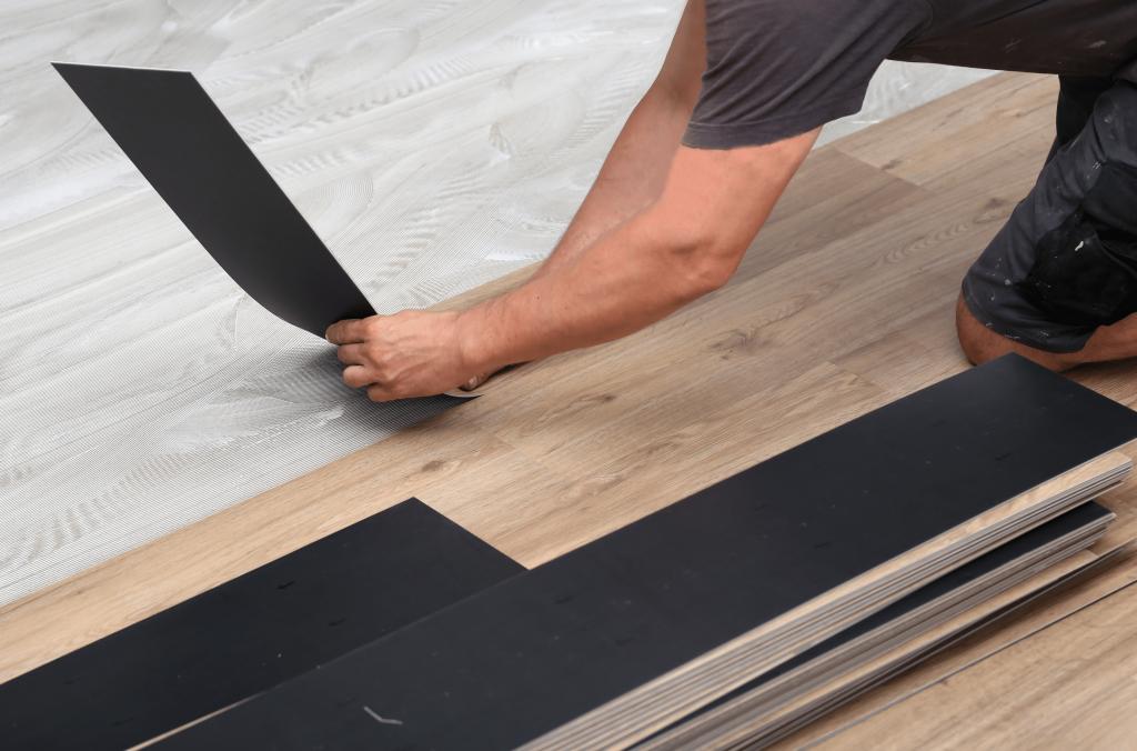 Kaip montuoti vinilo grindis