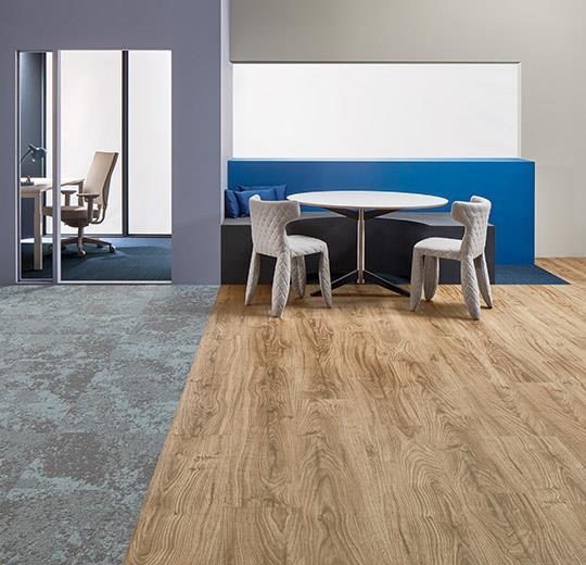 Vinilinės grindys lentelėmis Forbo Allura Wood central oak