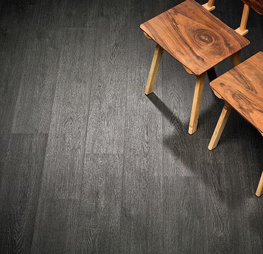 Vinilinės grindys lentelėmis Forbo Allura Wood black rustic oak
