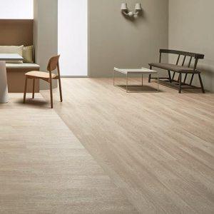 Vinilinės grindys lentelėmis Forbo Allura Ease bleached timber