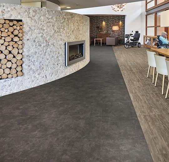 Vinilinės grindys plytelėmis Forbo Allura Ease nero concrete