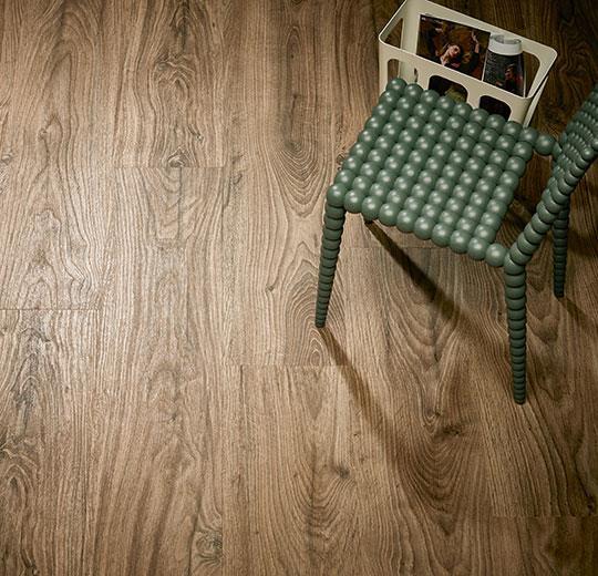 Vinilinės grindys lentelėmis Forbo Allura Click Pro deep country oak