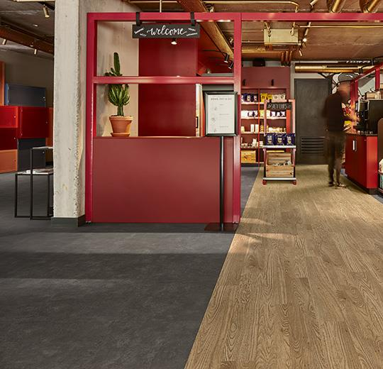 Vinilinės grindys plytelėmis Forbo Allura Click Pro nero concrete