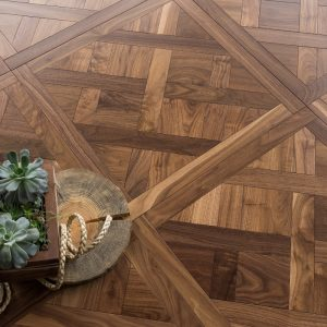 Parketas COSWICK Mosaic Versailles Traditional Amerikietiškas riešutas
