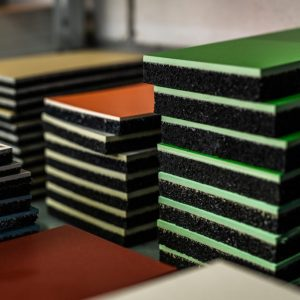 Guminis granulių paklotas vidaus grindims | CONIFLOOR matt (G20)