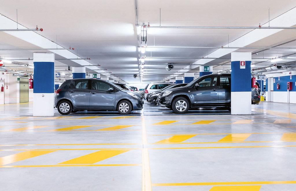 Automobilių stovėjimo aikštelės / Parkingas